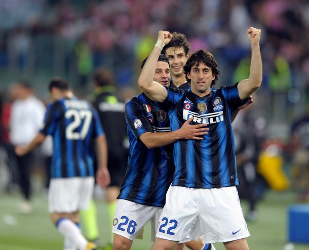 Milito finally scores  - this time against Palermo in the Coppa final