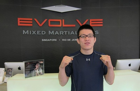 800px-shinya_aoki_at_evolve_mma_in_singapore_medium