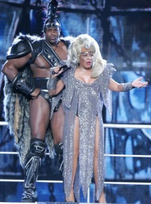 Tina_turner_thunderdome3_medium