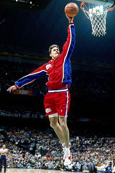 Nba_g_bbarry_dunk1_400_medium