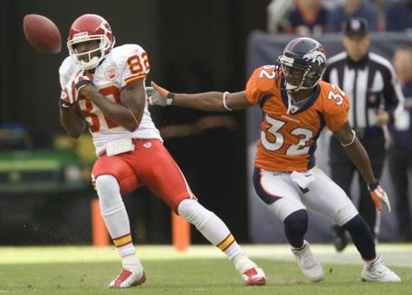 Denver_broncos_release_dre_bly_medium