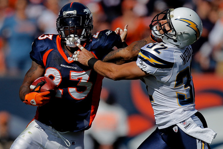 2011-chargers-broncos-photos_003_medium