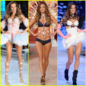 Alessandra-ambrosio-vs-fashion-show-2011_medium