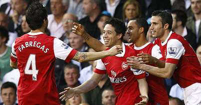 Theo-walcott-arsenal-hotspur-premier-league_2587921_medium