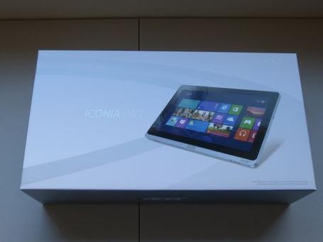 Acer-iconia-w700-6691-unboxing-003_medium