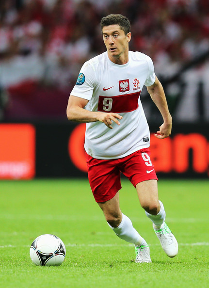 Robert_lewandowski_poland_v_greece_group_uefa_9xiolvvhidrl_medium