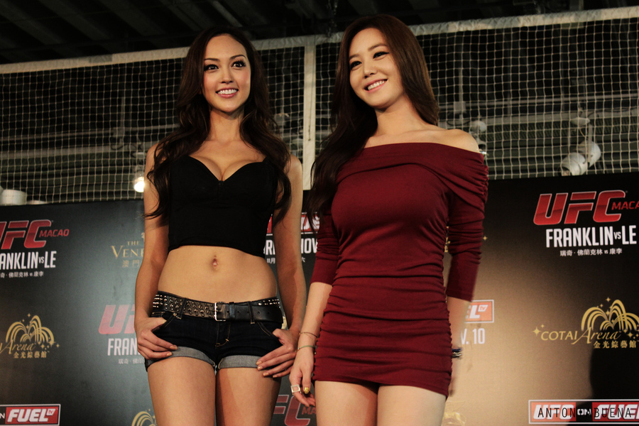 http://cdn1.sbnation.com/imported_assets/1390099/Macau_Ring_Girls_gallery_post.jpg