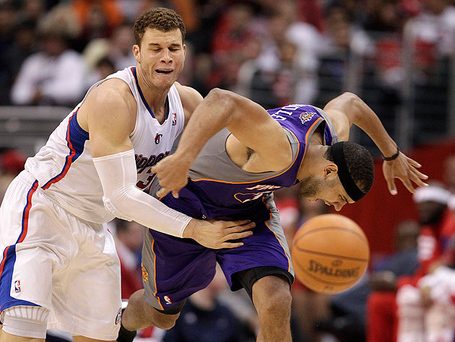 Blake-griffin-of-the-los-angeles-clippers-and-jared-dudley-of-the-phoenix-suns