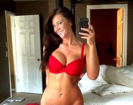 There-are-sexy-chivers-among-us-97-photos-thechive-133-0cbf2ee4-sz500x395_medium