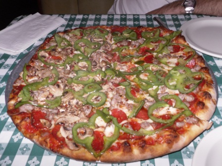 Roccos-pizza_jpg_medium