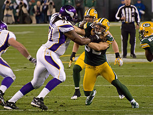 300px-phil_loadholt__clay_matthews_medium