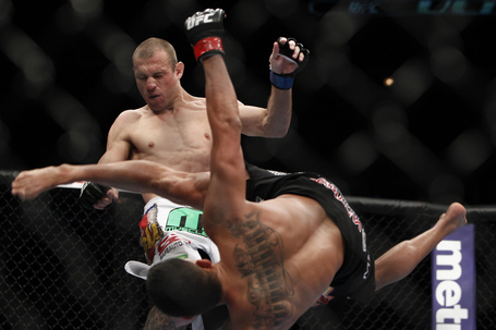 063_anthony_pettis_vs_donald_cerrone_gallery_post_medium