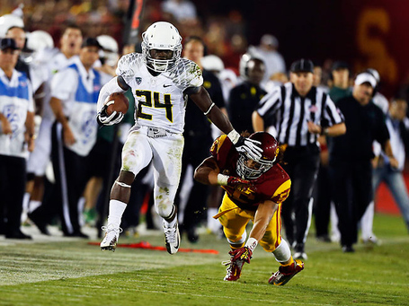 Kenjon-barner-usc-heisman-p1_medium