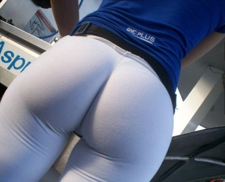 Big-booty-in-yoga-pants-6-500x405_medium