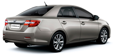 2013-toyota-corolla-altis-rear-theophilus_medium