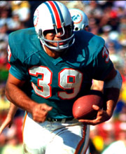 Csonka_larry_action_180-220_medium