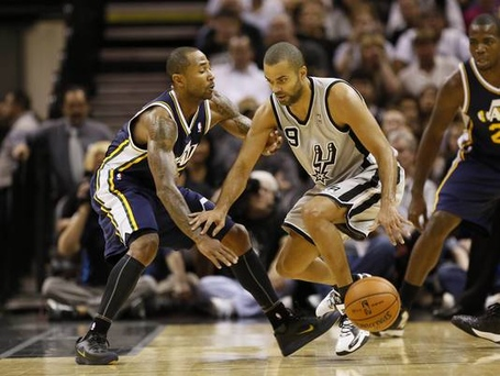 2012-11-03-tony-parker-4_3_r536_c534_medium
