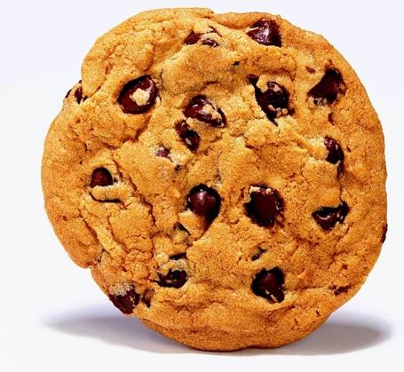 Chocolate_chip_cookie_medium