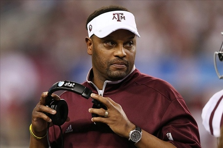 Kevin-sumlin-2013-texas-am-aggies_medium