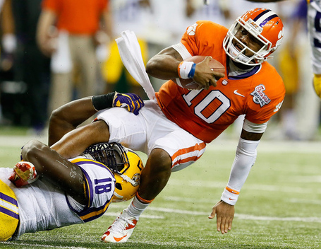 Bennie_logan_chick_fil_bowl_lsu_v_clemson_a6ihmx-e_93l_medium