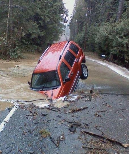 Amazing-car-accident_medium