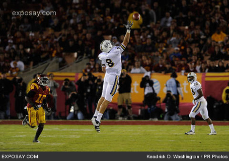 Joseph-fauria-8-2011-ncaa-football-ucla-1vczud_medium
