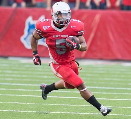 Miguel-maysonet-stony-brook-football-0922124_medium