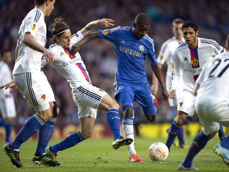 Ramires-chelsea-v-basel-europa-league_2938543_medium