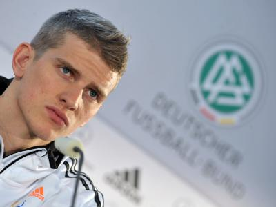 128658-dfb-training-ohne-lars-bender_medium