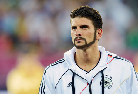 Tmario_gomez_beard_medium