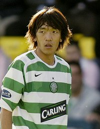 Shunsuke_nakamura_best_player_medium