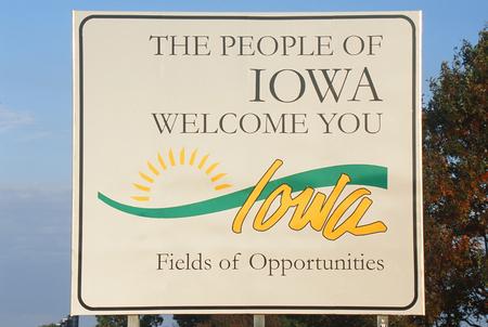 Iowa_welcome_sign_medium