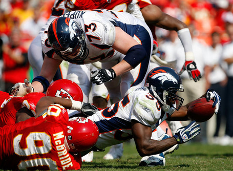 Denver_broncos_v_kansas_city_chiefs_ukvfnfsvr3hl_medium