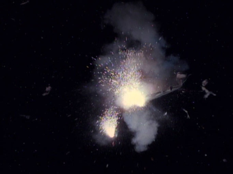 Uss_enterprise-d_explodes__2368_medium