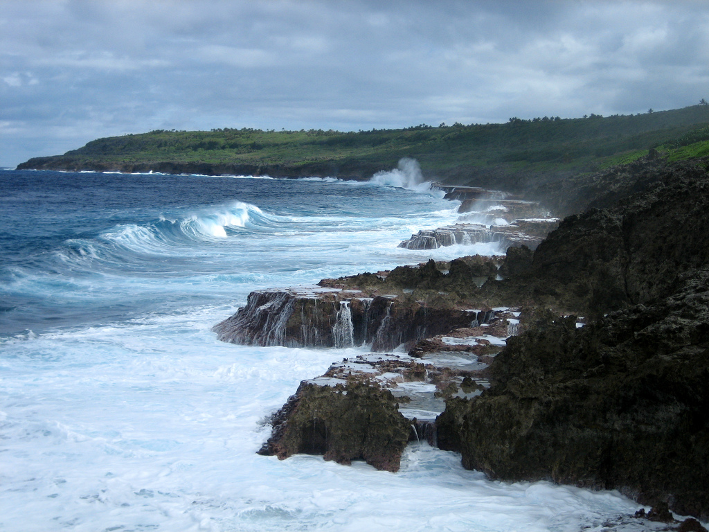 Niue_coastline_medium