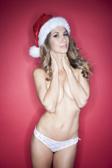 Leilani_dowding_xmas_white_4-600x900_medium