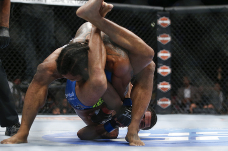 138_benson_henderson_vs_anthony_pettis_1__gallery_post_medium