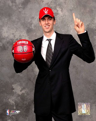 Aahe241_16x20-2006raptorsno1nbadraft_andrea-bargnani-posters_medium