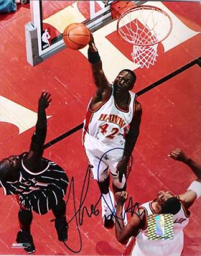 Theo-ratliff-hawks-signed-8x10-color-photo-26-t1133924-500_medium