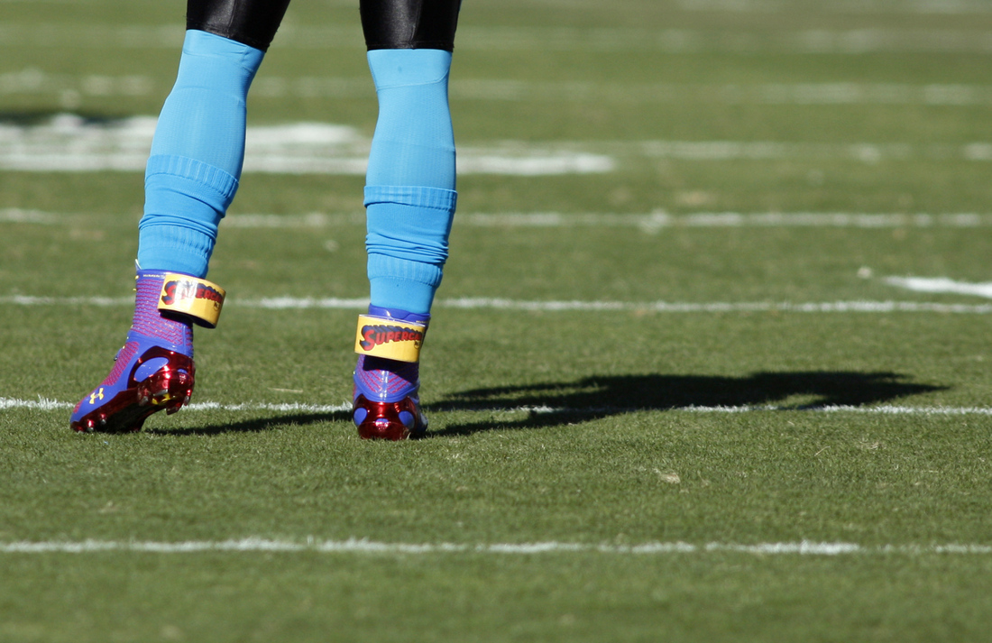 Under Armour Cam Highlight Cleat - SneakerNews.com
