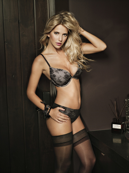 Ultimo-luisana-lopilato-2-1328711218_medium