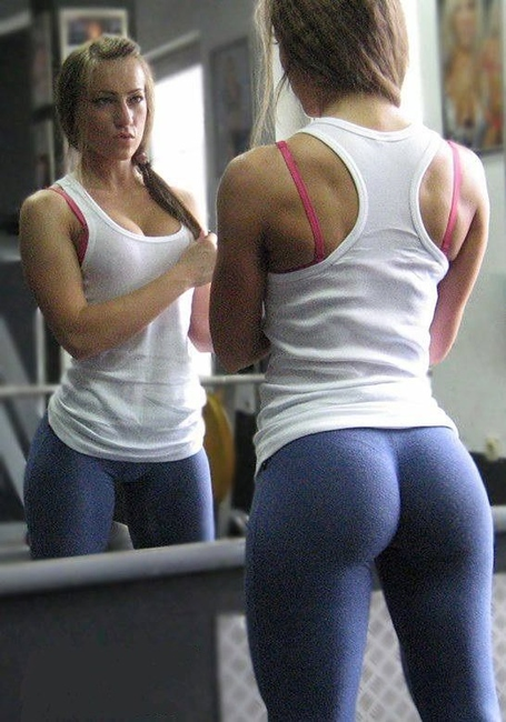 More-hot-girls-in-yoga-pants-part18-11_medium