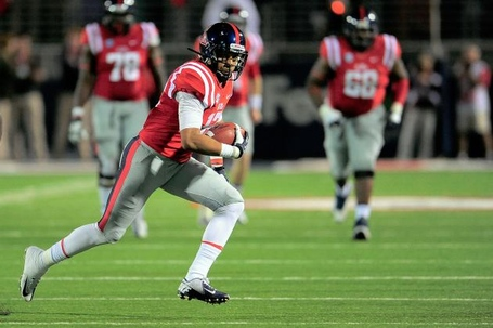 Hi-res-185379627-donte-moncrief-of-the-ole-miss-rebels-runs-for-yards_crop_north_medium