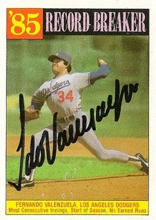 Fernando_valenzuela_1986_topps__23207__e2_80_9985_record_breaker_auto_medium_medium