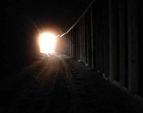 Light-tunnel-01_medium