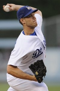 143054_braves_dodgers_baseball_medium