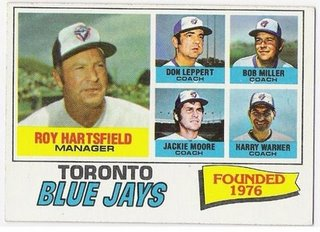 701b3_misc_1977_topps_hartsfield-coaches_medium
