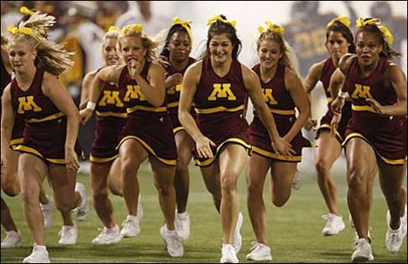 Minnesota-cheerleaders_medium
