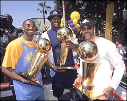History_lakers_three_medium