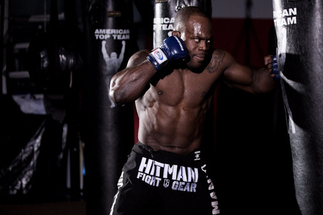 02_melvin_manhoef_medium